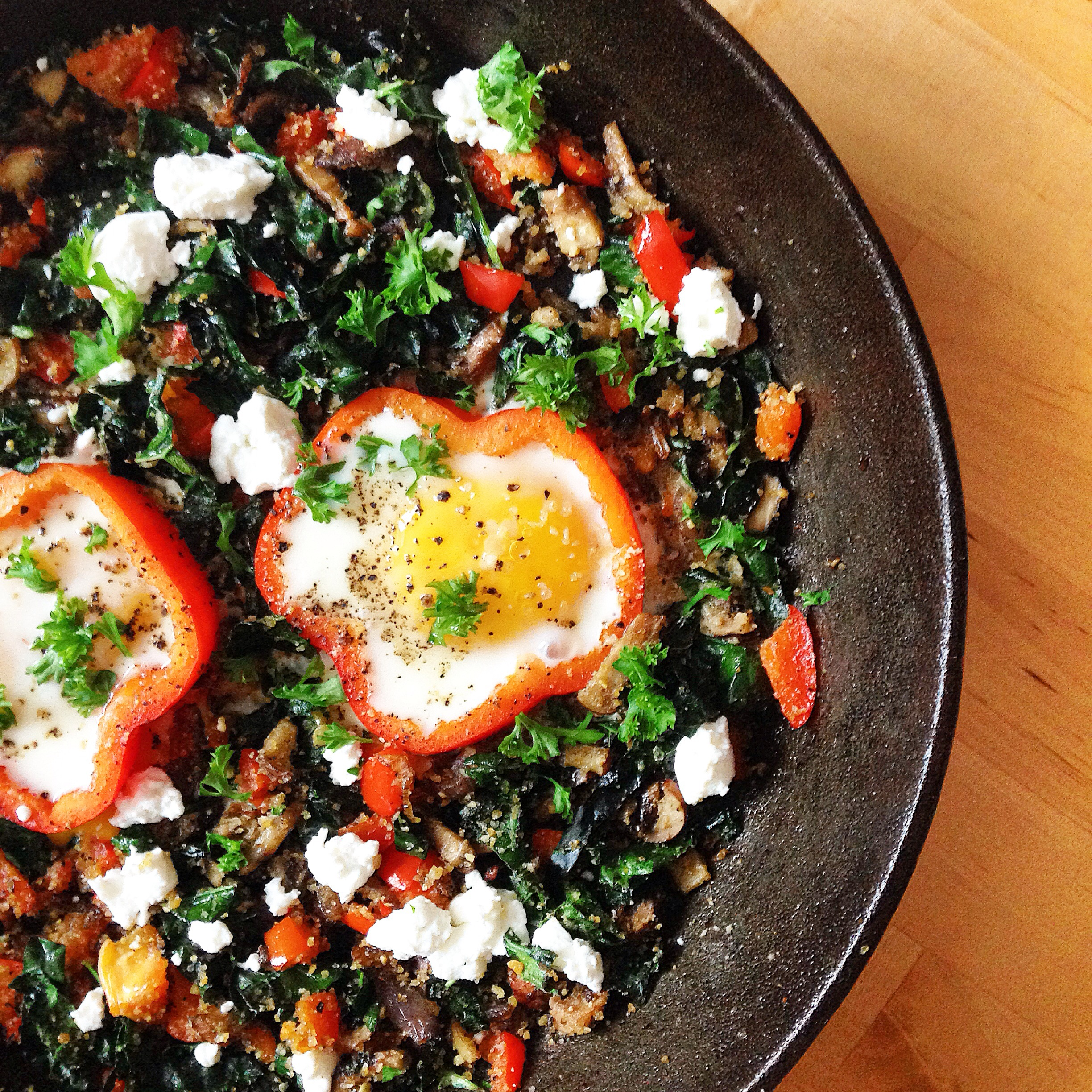 Skillet Saturdays: Red Pepper Egg-In-A-Hole | EverythingOrganicAlways